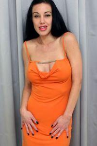 Picture of Nina Cardova