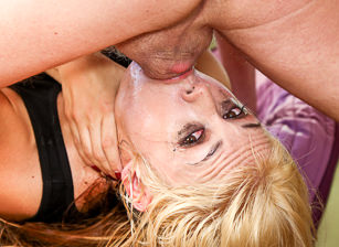 Throated Contest 2014 - Sarah Vandella