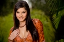 Welcoming Present From Sunny Leone picture 5